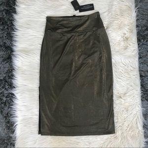 | Guess Metallic Slit Skirt |
